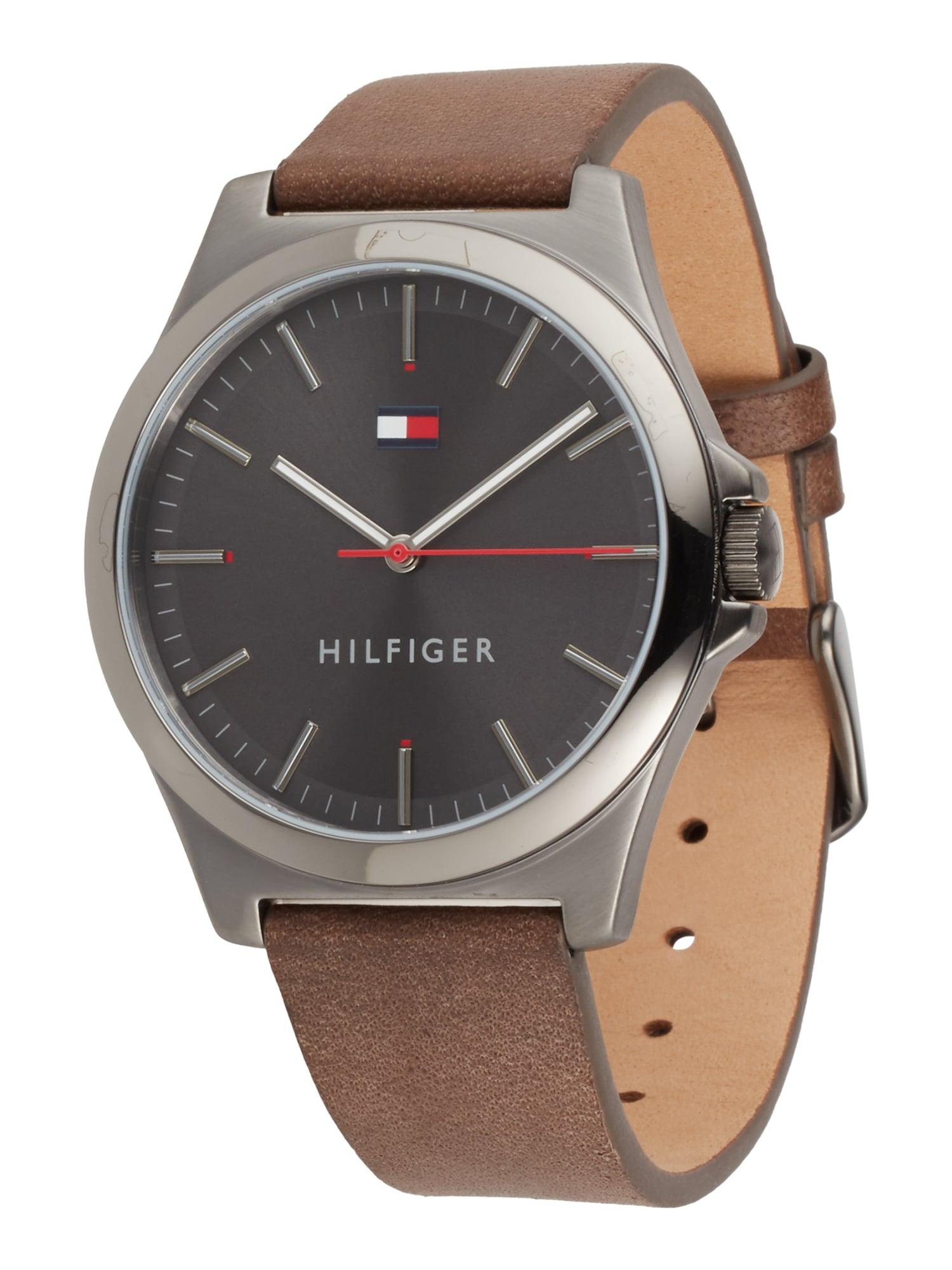 TOMMY HILFIGER Analoginis (įprasto dizaino) laikrodis ruda / sidabrinė
