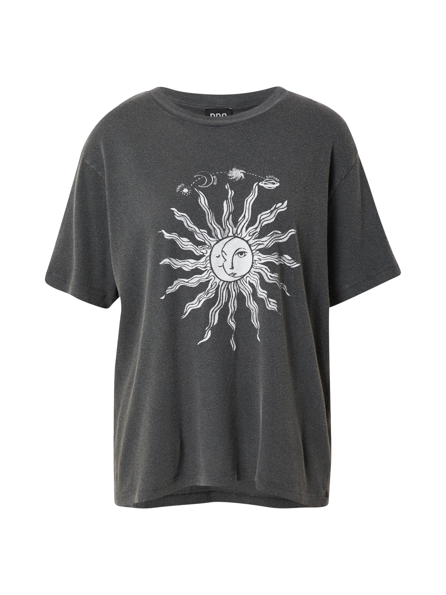 BDG Urban Outfitters Marškinėliai balta / margai juoda