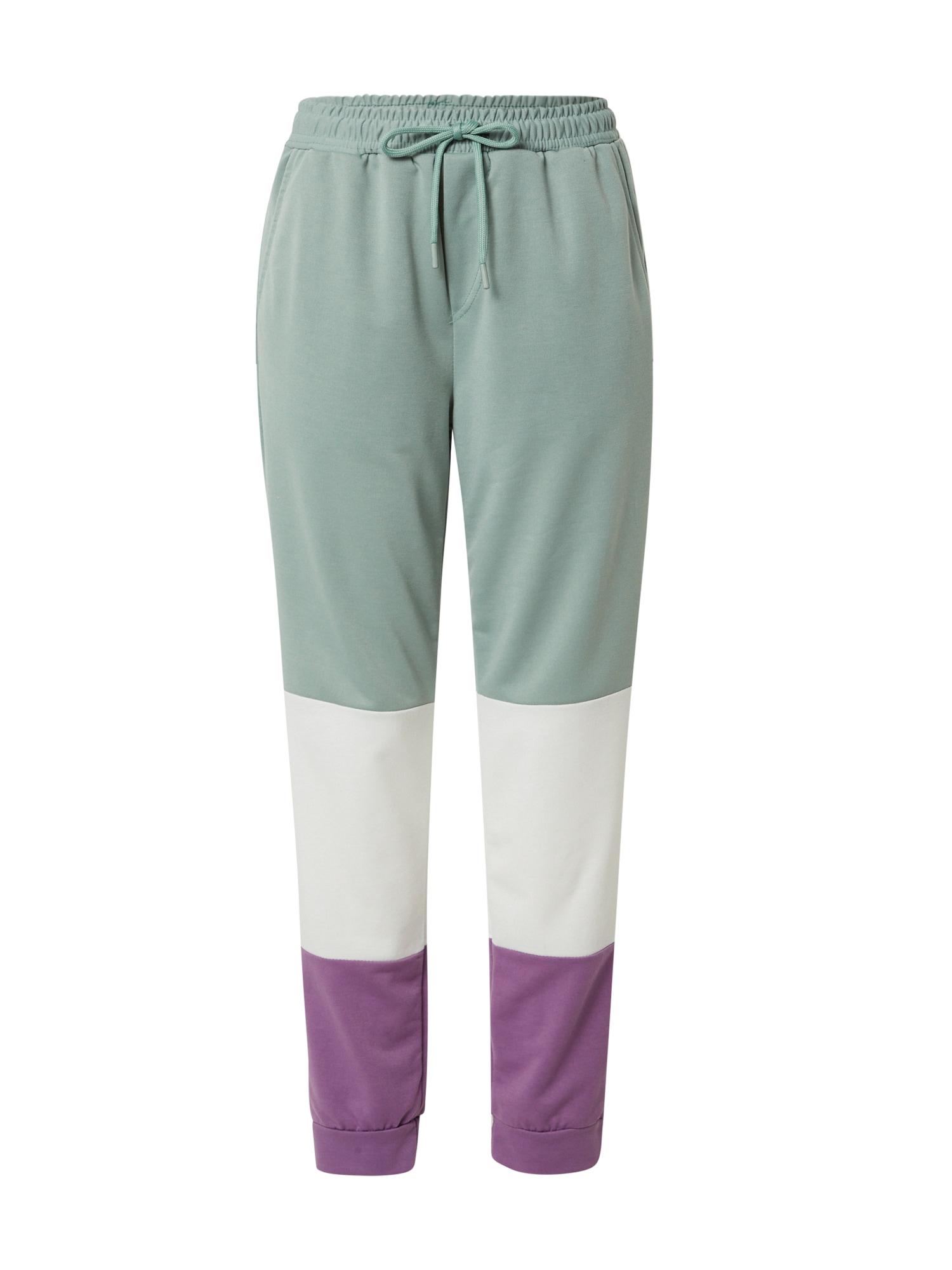 Trendyol Kelnės šviesiai violetinė / balta / pastelinė mėlyna